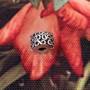 Pandora clip